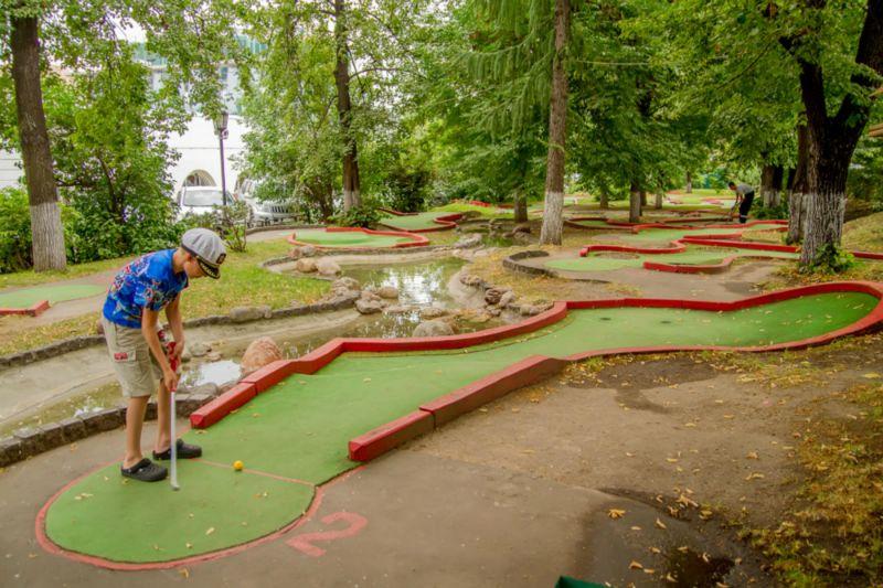 mini Golf club1