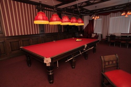 billiard club2