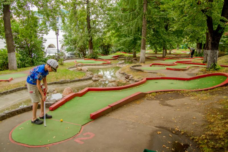 mini Golf club1