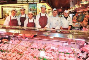 Открытия мясного магазина.